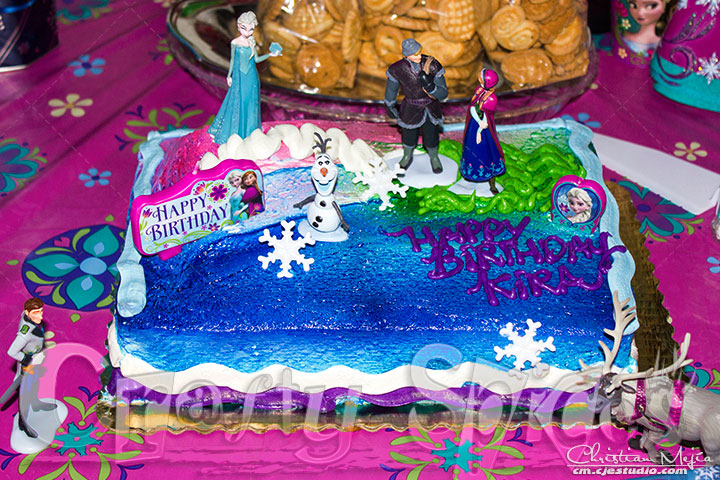 Frozen theme #DisneySide Birthday Cake