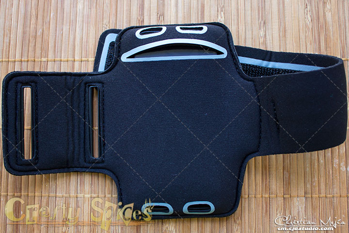 IPhone 5 Armband - back view - Pro Athlete Quality from MuvUSA