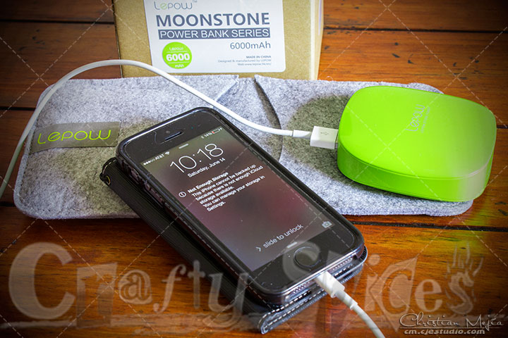 Lepow MOONSTONE charging my iPhone