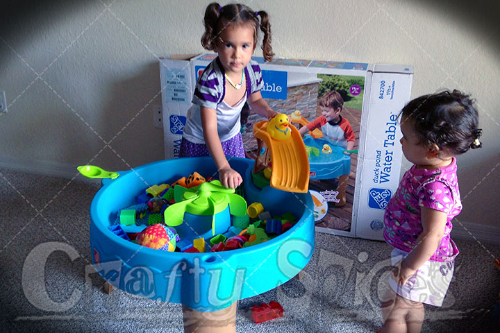 Kira & Kaylee Playing with the Step2 Duck Pond Water Table