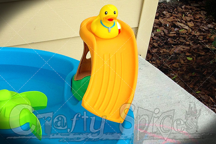 Step2 Duck Pond Water Table - A Duck on the Slide