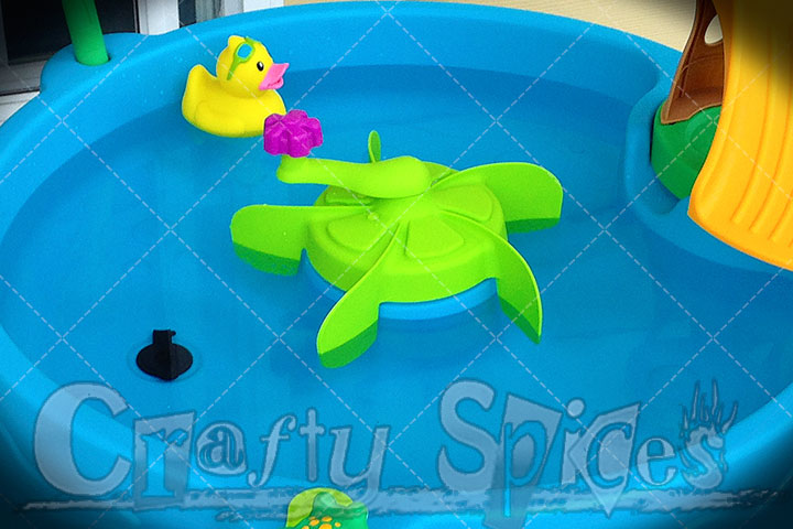 Step2 Duck Pond Water Table - The Spinner