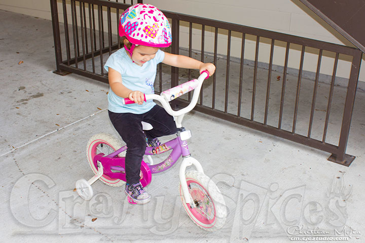 Kaylee Learning to pedal her new Bike