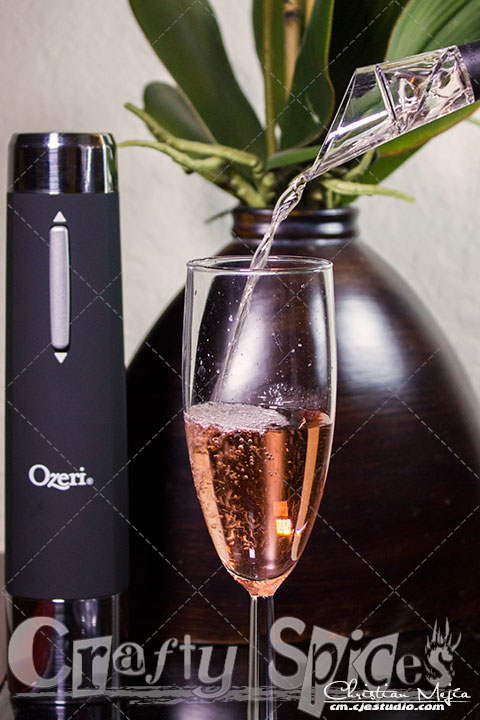 Ozeri OW05A Prestige Electric Wine Bottle Opener wine aerator in use